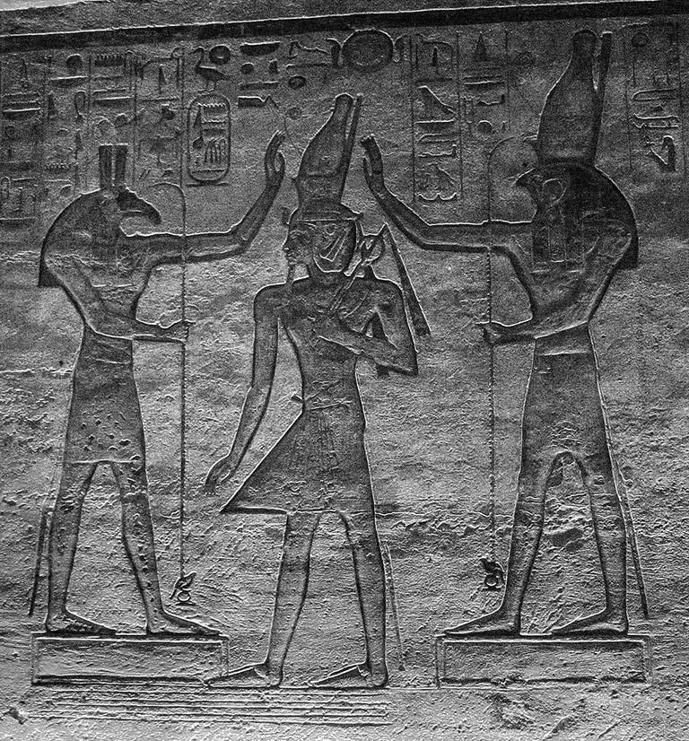 遭遇繼承危機的埃及王子–荷魯斯